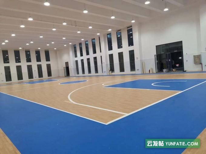 攀枝花篮球场翻新悬浮地板报价_悬浮地胶