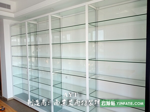 南京玻璃展柜|南京环保展示柜|南京钛合金货架